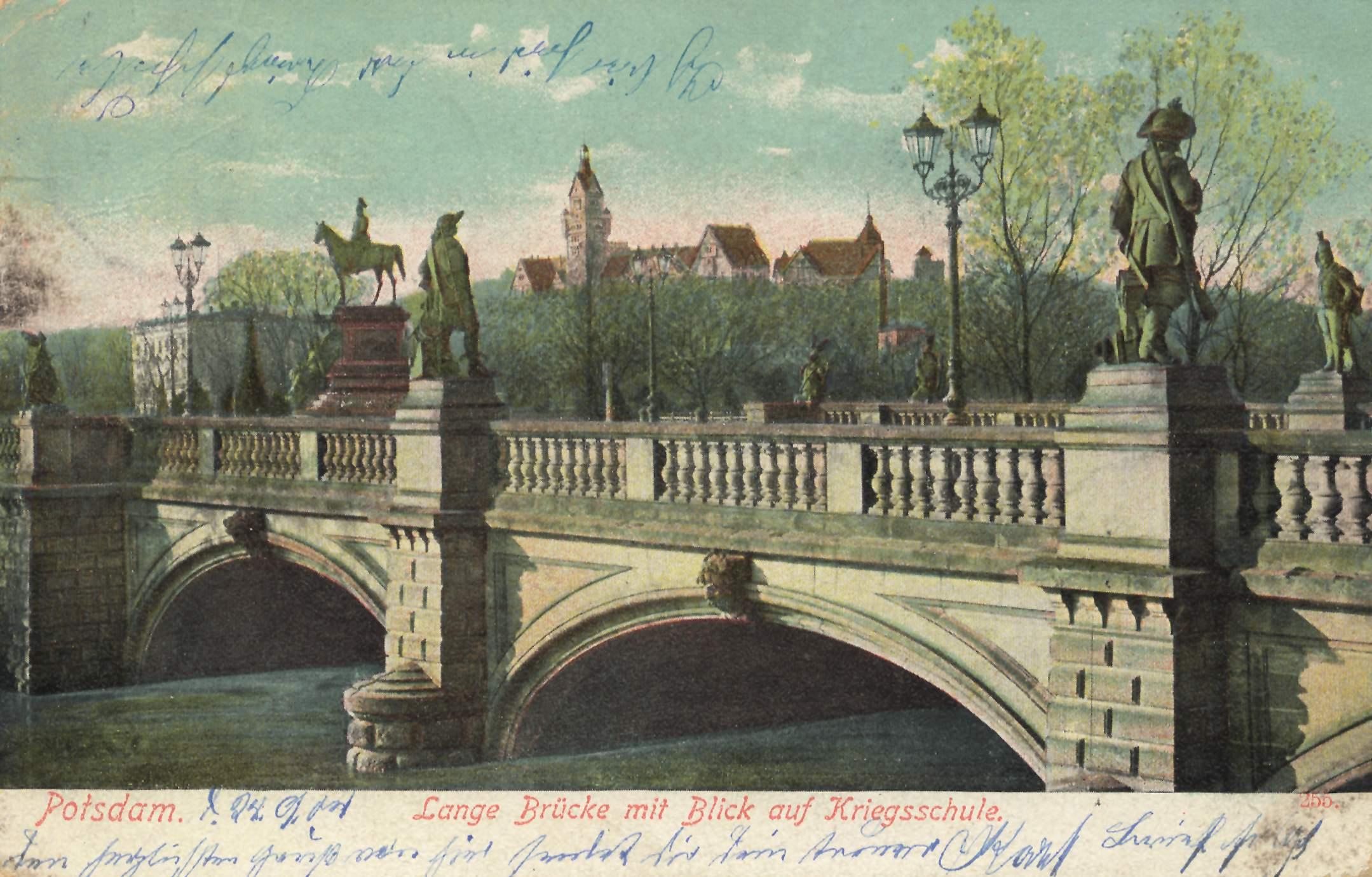 Potsdam, Brandenburg, Lange Brücke mit Blick auf ...