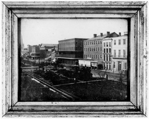 Amerikanischer Photograph um 1850: Main Street in New Orleans, Louisiana
